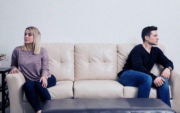 قهر زن و شوهر در خانه